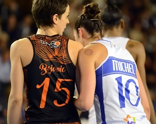 """Sarah MICHEL, éblouissante ce soir, et Miljana BOJOVIC remettront le couvert mardi soir pour la """"belle"""""""