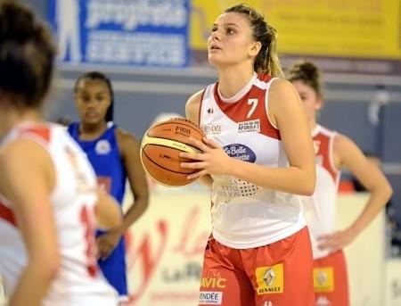 Natalia FARKASOVA, terriblement efficace...