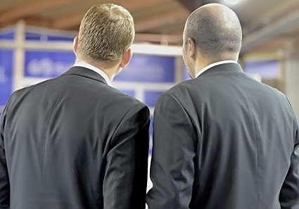 Thibaut PETIT et Rachid MEZIANE côte à côte. C'était mercredi dernier en EuroCup et c'est désormais une image d'archive...