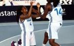 Johana LUKOKI et Sarah SHEMATSI lors de leur sacre aux Championnats du Monde (photo FIBA)