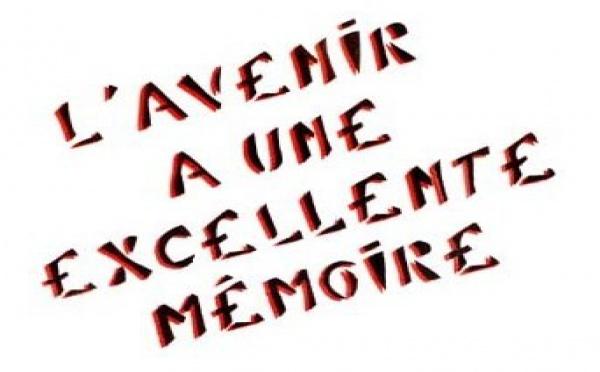 """Comme un """"au-revoir""""..."""