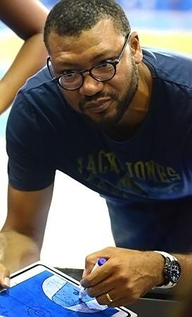 Il reste du travail pour Ahmed MBOMBO et ses joueuses. Rendez-vous samedi prochain !