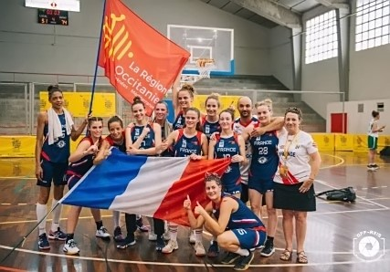 L'Equipe de France, victorieuse (photo page Facebook de la FSGT)