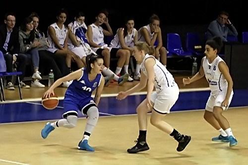 Lisa BERKANI en action : 33 points au final